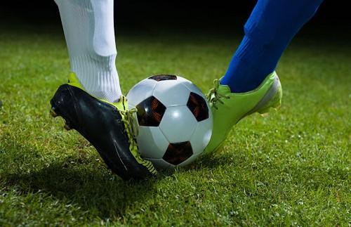 ربات پیش بینی فوتبال