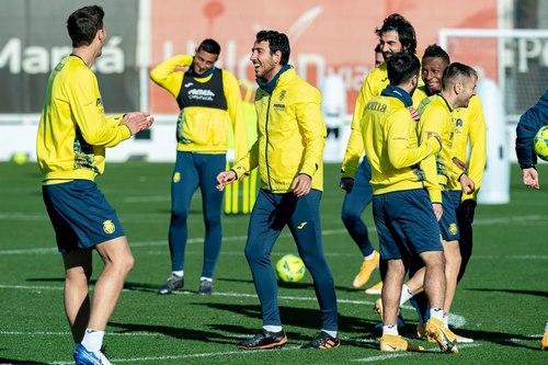 زیر دریایی های زرد لقب اصلی این تیم