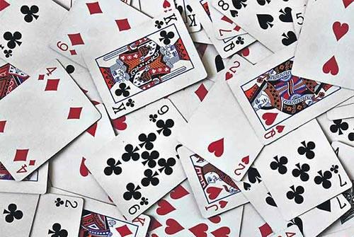 بازی چهار برگ