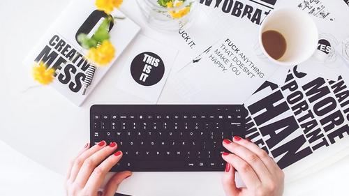 کدام یک از بلاگر های اقتصادی سیگنال دهی می کنند؟